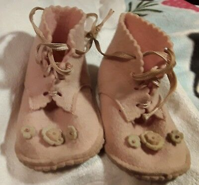 Vintage Pink Felt Baby Shoes Booties