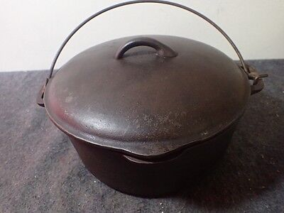 "Old 5 Quart Cast Iron Dutch Oven Pot Made In USA with Lid 10 1/8"" x 4 1/2"" Tall"
