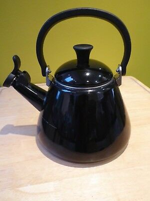 Le Creuset black stove top Kone kettle with whistle 1.6 litres