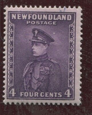 "NEWFOUNDLAND - SG. 212 :  1932 ""  4 cents  BRIGHT  VIOLET  "" ."