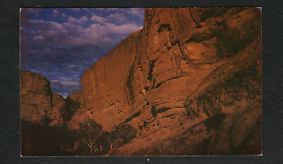 e3196)     POSTCARD OF THE SOUTH WALL AT SUNSET KING'S CANYON CENTRAL  AUSTRALIA