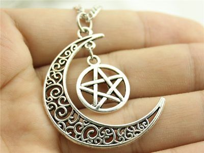 20 Antiqued Brass 22x15mm Crescent Moon with Stars Charms *