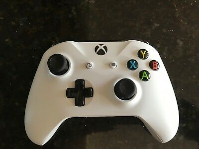 Used Wireless Microsoft Xbox One Controller - White