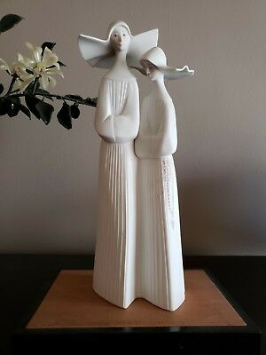 Lladro Monjas  Nuns in White    MINT Condition