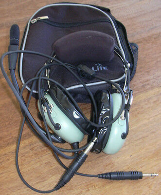 David Clark H10-13.4 pilot headset with bag perfect condition