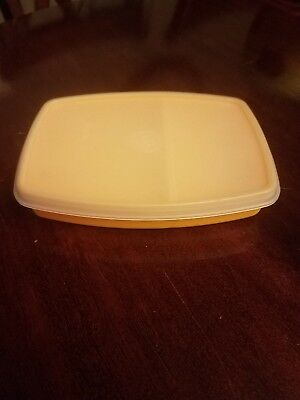 Tupperware #813 Packette Divided Lunch Storage Container With #814 Shear Lid