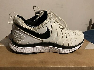 94ba629f11d41 Nike Free Trainer 5.0 Livestrong Fingertrap White Black Mens Shoes Sz 9