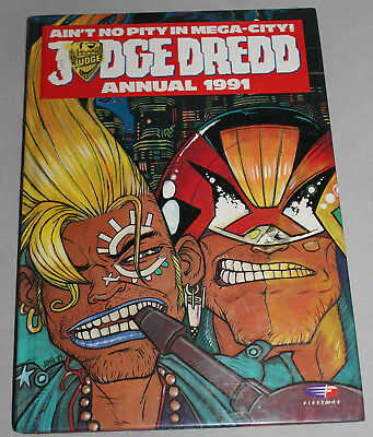 Judge Dredd Fleetway 1991 Annual Unclipped Excellent Condition