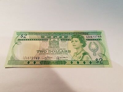 FIJI Banknote, Two Dollar Note. 2$ Note. 1980. Uncirculated, Mint Note. P77a