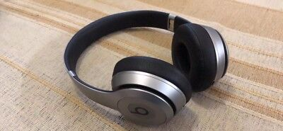 Beats by Dr. Dre Solo2 Cuffie Wireless On-Ear, Argento, Usate