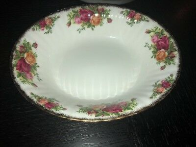 """Royal Albert Old Country Roses Oval Vegetable Serving Bowl 9"""" England Bone China"""