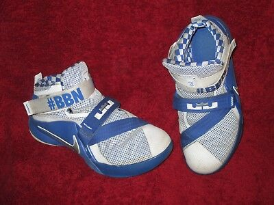 new product ddae4 8bbdd NIKE LEBRON SOLDIER IX 776472-104 BOYS Basketball Shoes Kentucky Wildcats  size 3