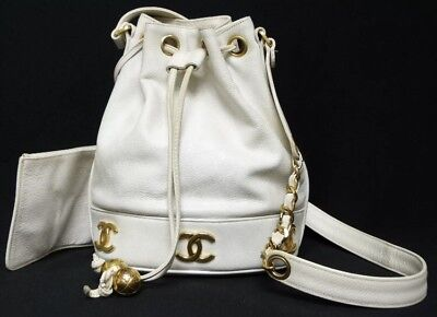 b54b48f2e3222c AUTHENTIC CHANEL VINTAGE White Caviar Drawstring CC Bucket Bag ...