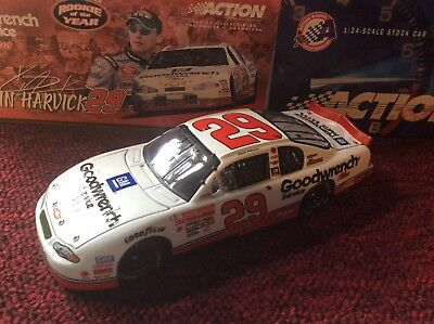 Action Kevin Harvick #29 2001 Goodwrench Rookie Of The Year 1:24 Diecast Car