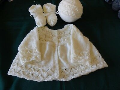 New - Hand knitted baby set of matinee jacket/beanie/booties - pale yellow, 000
