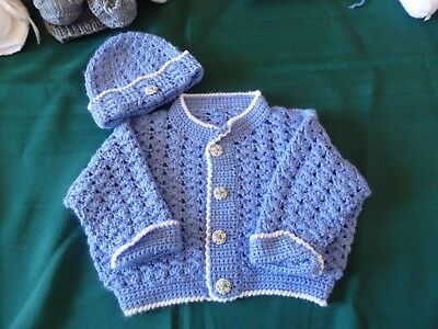 NEW - Hand crochet baby set - blue with white trim - 000