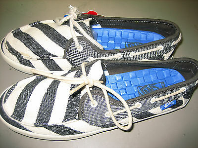 New with Tags Vans Chauffette (Stripes) Beluga White WOMEN S SHOES SIZE 7 1ae49541d