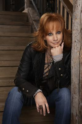 GLOSSY PHOTO PICTURE 8x10 Reba Mcentire Red Hair
