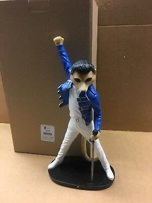 Country Artists Showman Magnificent Meerkats Freddie Mercury Ca04495