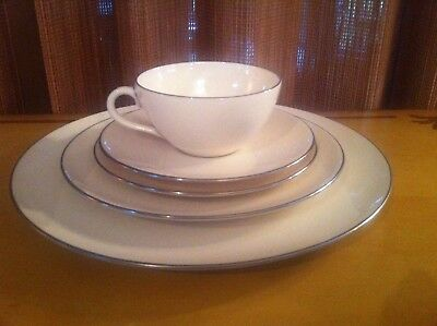 LENOX OLYMPIA PLATINUM -  5 Piece Place Setting/s DINNER SALAD BREAD CUP SAUCER