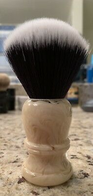 Envy Shaving Brush With Synthetic Blackwolf Fan Knot