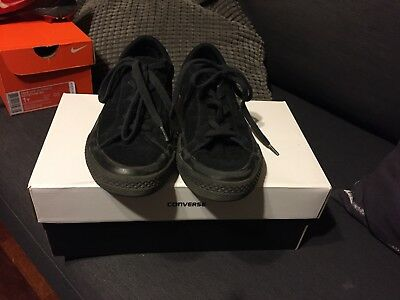 f099ce4a6b2a31 CONVERSE ONE STAR Youth Black Vintage Suede Ox Trainers -  30.05 ...