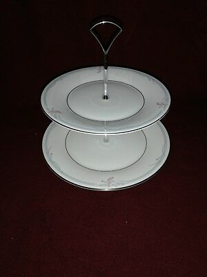 Royal Doulton Carnation 2 Tier Cake Plate H5084