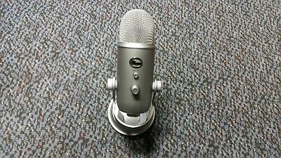 Blue Microphones Yeti Professional USB Condenser Microphone