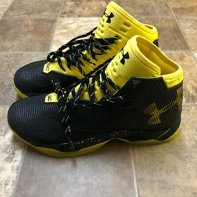 3700aa400a3e Under Armour Curry 2.5 Black Taxi Yellow Warriors UA 1274425-005 SZ 10.5  NWOB