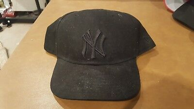 NEW GREEN NEW Era Yankees Fitted Hat 7 1 2 NY Baseball Cap Dad Hat ... 8d0c2767277d