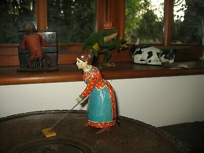 Lovely Distler Busy Lizzie Germany Tinplate Sweeping Lady Vintage Windup Tin Toy