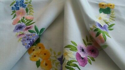 STUNNING VINTAGE WHITE HAND EMBROIDERED TABLECLOTH.42 x 41 INS.