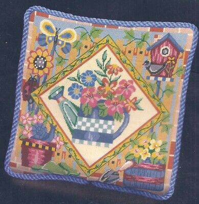 Home Creations #6195 Country GARDEN Alice Peterson Needlepoint Pillow Kit SEALED