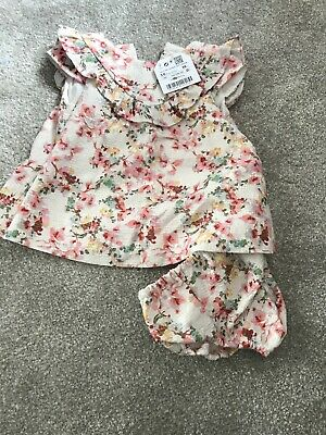 fb37f19e4b9b ZARA BABY GIRL Floral Raincoat Mac size 3-6 months Hooded VGC ...
