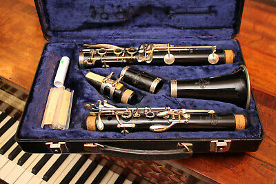 A Fine Buffet Grampon Paris Clarinet, B12, Original Case & Four Reeds, GWO
