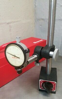 Starrett No. 659 HEAVY DUTY magnetic base with No. 25-131 dial indicator w/ case