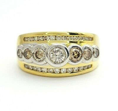 Ladies Ring 18ct (750, 18K) Yellow Gold Natural Diamond Dress Ring