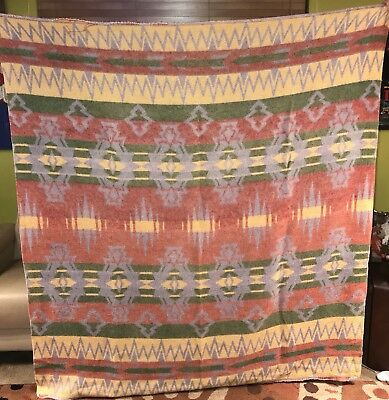 Vintage 1940's Beacon Ombre Shaded Native American Indian Print Camp Blanket