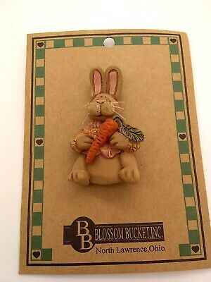 """New Blossom Bucket Bunny /""""Let your Love Bloom/"""" Wood Sign"""