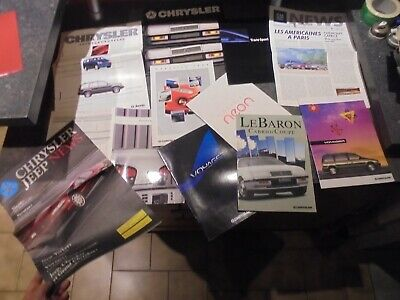 Lot 1.3kg d'anciens Catalogues Chrysler Voyager Néon Jeep Pontiac GM News