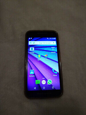 Motorola MotoG smartphone, 8GB, black, with original charger, free silicone case