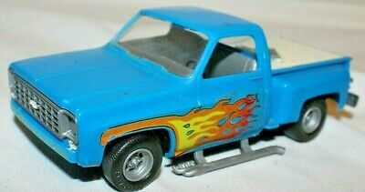 1970's MPC Revell Snap-Tite 1973 CHEVY SHORT BED PICKUP TRUCK Kit 1/32 Built-Up