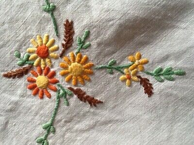 """Beautiful Vintage Hand Embroidered Linen Floral Tablecloth 50"""" Square"""