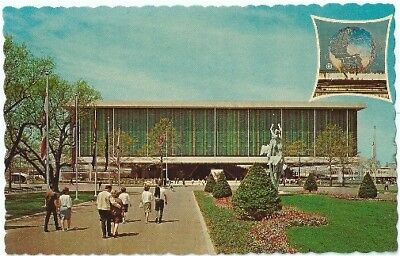 US Pavilion 1964 New York Worlds Fair 1964 1965 Vintage Postcard NY Chrome