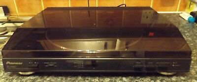 Pioneer PL-990 Turntable/Used Excellent condition