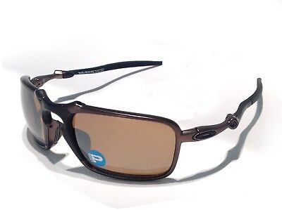 3719c7e86f New Sunglasses OAKLEY BADMAN TUNGSTEN IRIDIUM POLARIZED OO6020-02