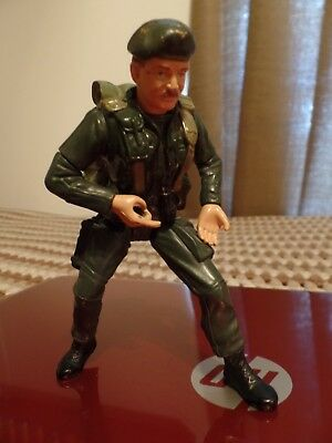 """6"""" tall """"Green Beret"""" Army Man action figure toy. Military toy Backpack loose"""