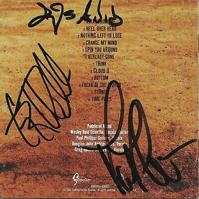 PUDDLE OF MUDD HAND SIGNED 8x10 COLOR PHOTO SIGNED BY WHOLE