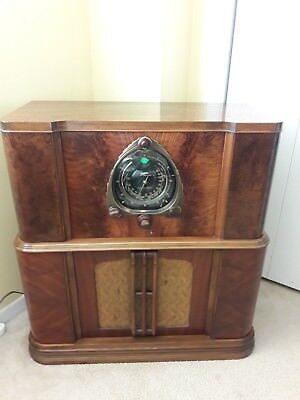 Antique ,vintage, Deco ,collectible - Old Tube Radio Zenith 9S264- Restored