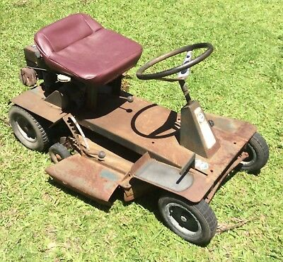 Rover Rancher Ride On Lawnmower 547cc Engine Hydrostatic Drive 38